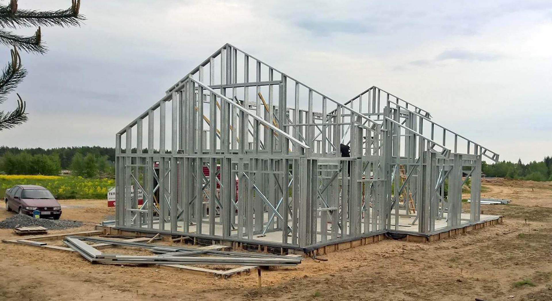 Легкі сталеві тонкостінні конструкції (ЛСТК)
